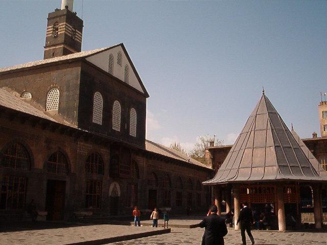 Ulu Camii shot from outside