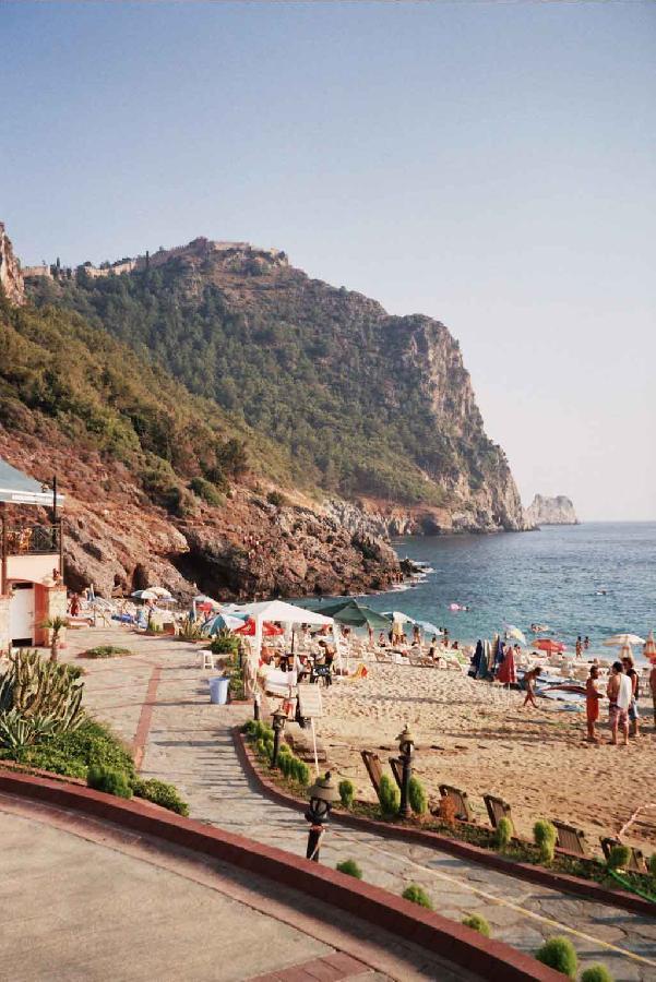 Damlataş Beach