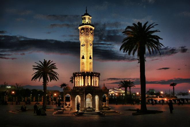 Izmir, Konak Saat Kulesi