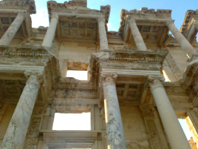 Efes Libray