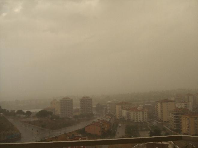Storm in İzmir