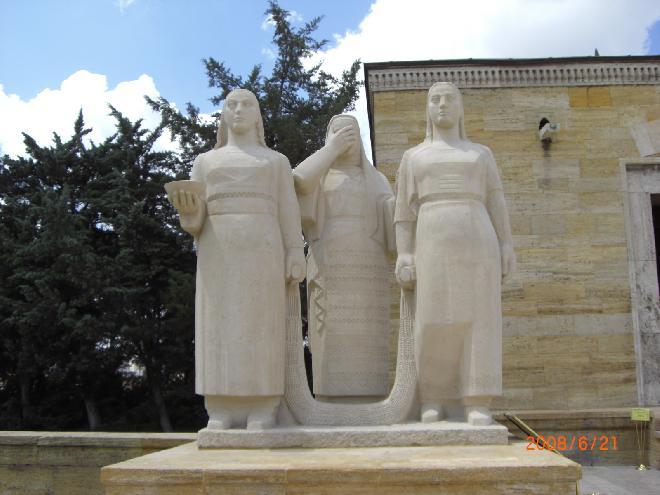 Women Statue Group