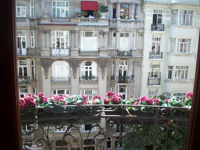 Paris or Istanbul?