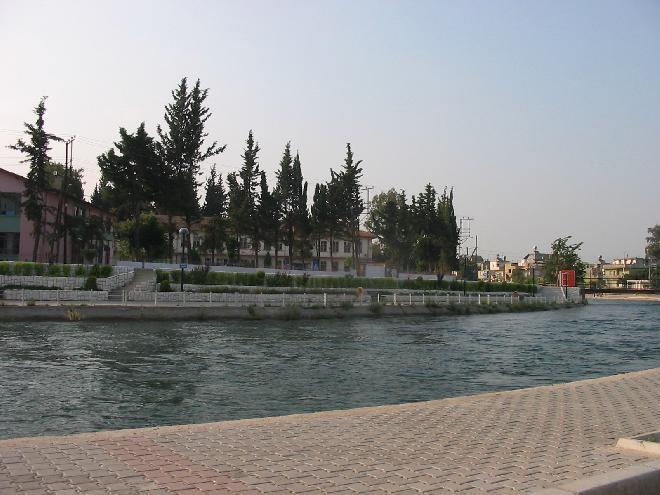 Adana water canal