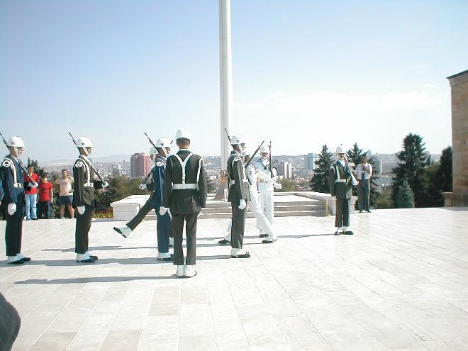 Anitkabir soldiers