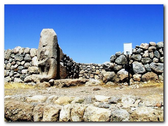 Hattuşaş - The Sphinks Gate