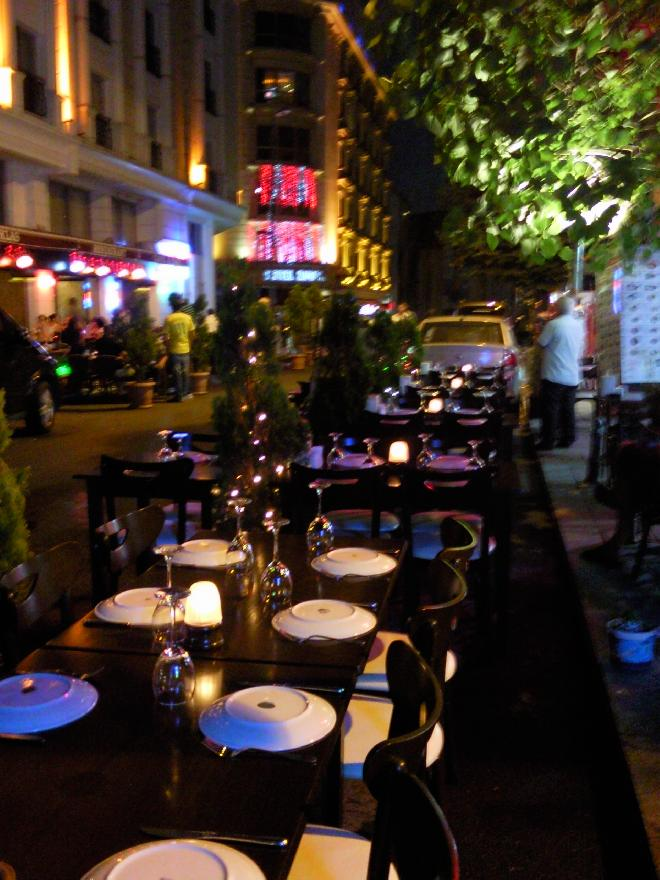 Dinning in the streets of Istanbul